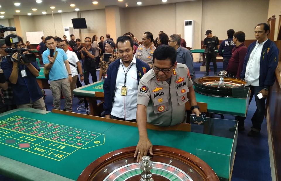 Gambling For Money Online